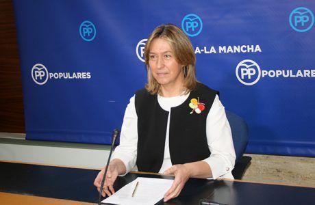 Guarinos exige al consejero de Sanidad su dimisión por el escándalo de los ginecólogos sin título oficial; o Page será el responsable