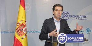 Robisco exige a Page que dé la cara, ofrezca una solución y pida disculpas a los desalojados de las viviendas públicas de Guadalajara