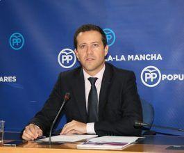 Velázquez denuncia que la situación de caos y colapso se ha instalado en todos los servicios de Urgencias de la región