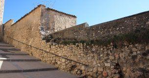 Adjudicada la obra de intervención en los lienzos de la muralla medieval en la calle Santa Lucía de Cuenca