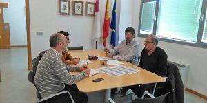 CEDER Alcarria Conquense valora con el Ayuntamiento de Huete la posibilidad de poner en marcha una emisora municipal con una ayuda LEADER
