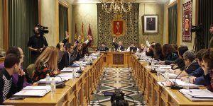 La moción a favor de la prisión permanente revisable del PP en el Ayuntamiento de Cuenca sólo encuentra el apoyo de un concejal del PSOE
