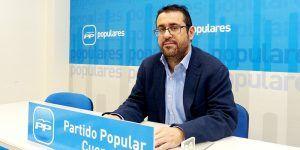 Algaba asegura que el Gobierno de Rajoy mejorará las pensiones mínimas y de viudedad y  concentrará las ayudas fiscales en el IRPF para pensionistas y familias