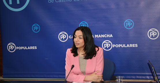 Alonso no lo entiende: faltan vacunas en los centros de salud pero Page ha visitado más países del mundo en esta legislatura que pueblos de Castilla-La Mancha