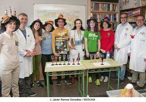Alumnos de cuarto de ESO del Instituto Brianda de Mendoza realizan un taller científico en el Hospital de Guadalajara