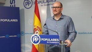 Castillo asegura que el Gobierno del PP allana el camino para que los ayuntamientos que han controlado el gasto inviertan en mejorar los servicios a los ciudadanos