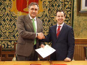 El Ayuntamiento de Cuenca y la Junta de Cofradías renuevan el convenio de colaboración para la Semana Santa 2018
