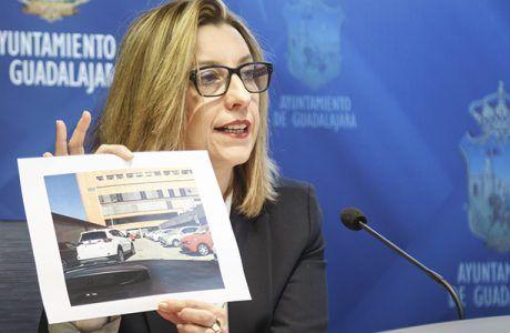 El Ayuntamiento de Guadalajara exige al SESCAM que adopte medidas para resolver el caos circulatorio del Hospital