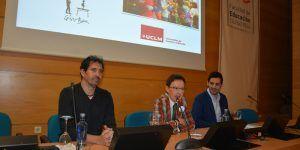 El maestro César Bona defiende en la UCLM la necesidad de escuchar y hacer partícipes a los niños en la sociedad
