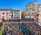 El PP echa en cara los continuos viajes de Page al extranjero y le recrimina su apoyo a la Semana Santa de Cuenca