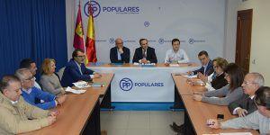 Gregorio Page dice que no hay dinero para la ley de tiempos máximos, pero lo gasta en más asesores para PSOE y Podemos