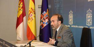 Jesús Herranz aclara que la Diputación de Guadalajara mantiene la cesión gratuita de los espacios para la Semana Cultural del Conservatorio