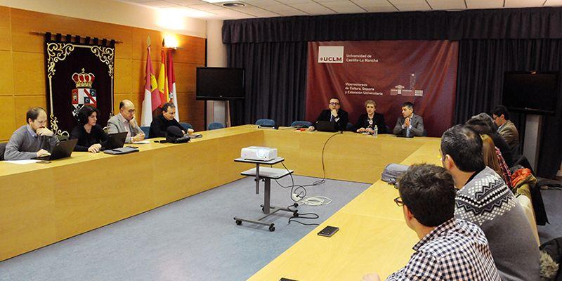 La UCLM analiza el nuevo modelo de contrato programa con centros
