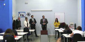 Mariscal visita el centro donde se imparte el curso de Atención Socio Sanitaria a personas dependientes
