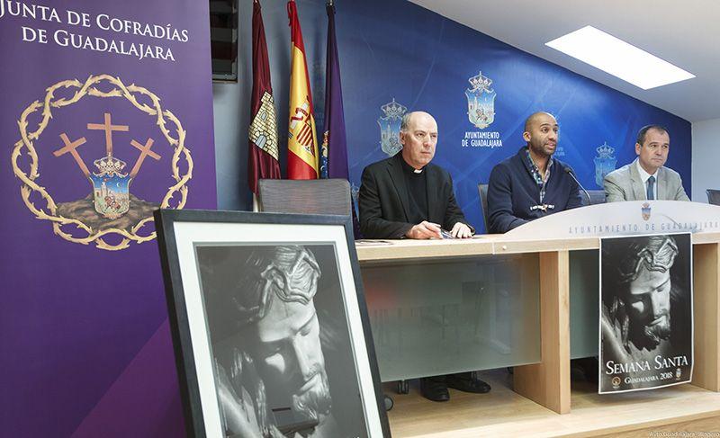 """""""Sobriedad, fe y respeto"""", claves de la Semana Santa de Guadalajara"""