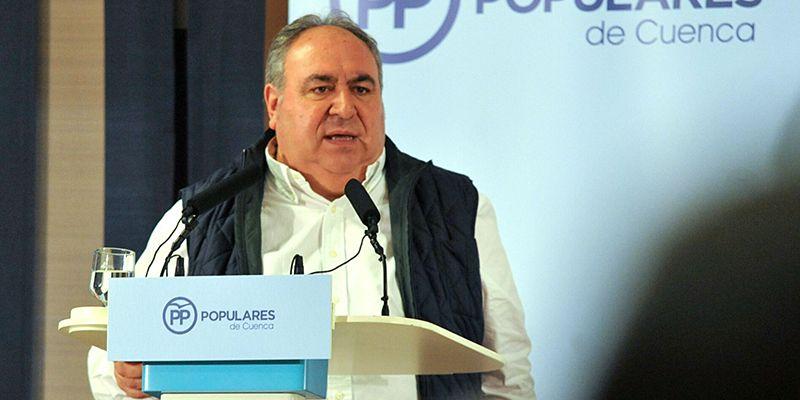 Tirado afirma que Page ya no tiene excusas y debe aplicar la jornada de 35 horas a los empleados públicos de Castilla-La Mancha