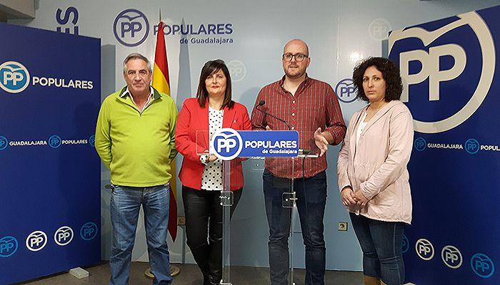 Una concejal del PP denuncia a otro edil del PSOE de Yunquera y pide su dimisión inmediata