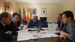CEOE-Cepyme Cuenca analiza con el alcalde de Montalbo las posibilidades de suelo industrial del municipio