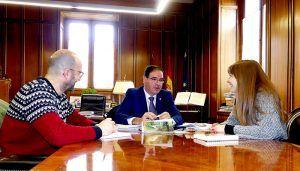Disposición en Diputación de Cuenca a continuar colaborando con Proyecto Hombre en su programa de prevención escolar