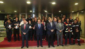 El Gobierno de Castilla-La Mancha concede 15 medallas y 16 placas de Protección Civil