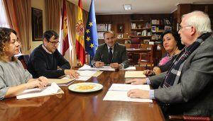 El Gobierno de España reduce el IRPF a los agricultores y ganaderos de Castilla-La Mancha en 56 millones de euros