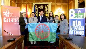 La Diputación de Cuenca se suma a la campaña de apoyo a la comunidad gitana de la Fundación Secretariado Gitano
