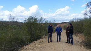 La Diputación de Guadalajara lleva a cabo el arreglo de dos caminos en Quer a través del Plan de Caminos que prevé arreglar 10.000 kilómetros en toda la provincia