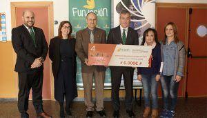 La Fundación Caja Rural Castilla-La Mancha entrega una ayuda 'Workin' de 6.000 euros a la Asociación Desarrollo Autismo Albacete