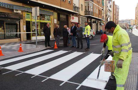Mariscal comprueba el avance de las obras de asfaltado en cincuenta calles