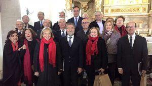 Prieto comparte con los carrascoseños la misa y recital coral con motivo del V Centenario de la Construcción de la Ermita de Santa Ana