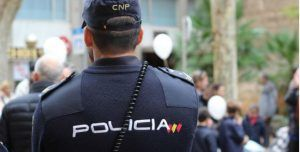Un hombre amenaza con hacer explotar una bomba en una iglesia de Cuenca