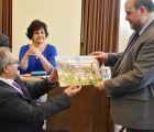 ASPAYM Cuenca hace entrega a Martínez Guijarro de la Silla de Oro especial por su 20 aniversario