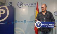 """Castillo: """"La política temeraria del PSOE dando la 'patada en la puerta' del colegio de Valdeluz traerá la quiebra del Ayuntamiento"""""""