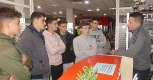 Cerca de veinte alumnos del Hervás y Panduro recorren distintas empresas de la mano de CEOE-Cepyme Cuenca