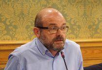 El concejal García Hidalgo pide a la Junta que financie el servicio de transporte a la residencia 'Las Hoces'