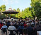 La Banda Municipal de Música de Cuenca interpreta marchas militares en un concierto por el Día de las Fuerzas Armadas