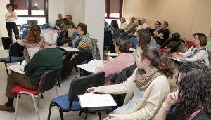 Más de 400 profesionales de Atención Primaria del SESCAM reciben formación en materia de violencia de género