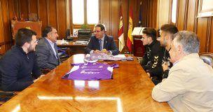 Prieto felicita al equipo de fútbol Ciudad de Cuenca por su ascenso a División de Honor Juvenil