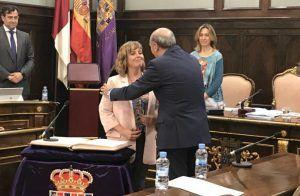 Toma posesión como diputada de Guadalajara y es expulsada de su grupo a los pocos minutos de debutar