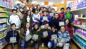 Alumnos del C.E.I.P. Rafael López de Haro de San Clemente recaudan 4000 euros vendiendo bocadillos y los donan a niños de Ecuador