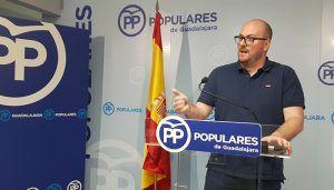 Castillo exige a Sánchez un Gobierno con las ideas claras y sin doble mensaje sobre el independentismo