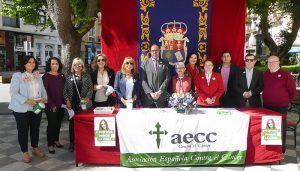 Diputación no falta a su cita con AECC Cuenca y colabora con la cuestación contra el cáncer con la instalación de una mesa petitoria