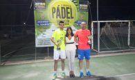 El Trofeo de Pádel Santa Teresa de Villanueva de la Jara afrontó su quinta edición con la participación de 23 parejas