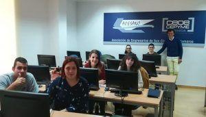 Jóvenes de la provincia de Cuenca se forman a través del programa 'Aprende a emprender'