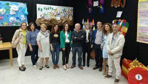 """La Biblioteca """"Fermín Caballero"""" acoge una exposición del alumnado de los colegios que integran el proyecto """"Cuatro Tizas"""""""