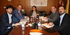 La Junta se reúne con Mercadona para conocer sus planes de futuro en Castilla-La Mancha