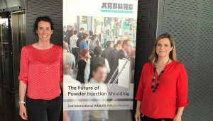 La UCLM participa en la conferencia mundial sobre el futuro del moldeo por inyección de polvo