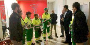 Mariscal visita los nuevos servicios de limpieza y recogida de residuos urbanos