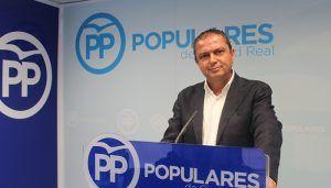 Martín-Toledano asegura que la Fiscalía debería intervenir si Page no aclara la contratación de cargos del PSOE en empresas públicas de la Junta