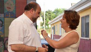 Martínez Guijarro recibe la Medalla de Oro de ASPADEC por su apoyo a las demandas de las personas con discapacidad